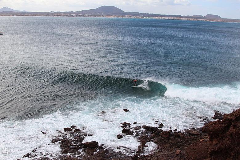 Surfen auf Fuerteventura Lobos Insel Canary Vibes