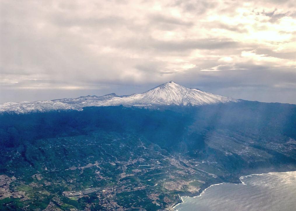Teide mit Schnee auf Teneriffa Klima und beste Reisezeit