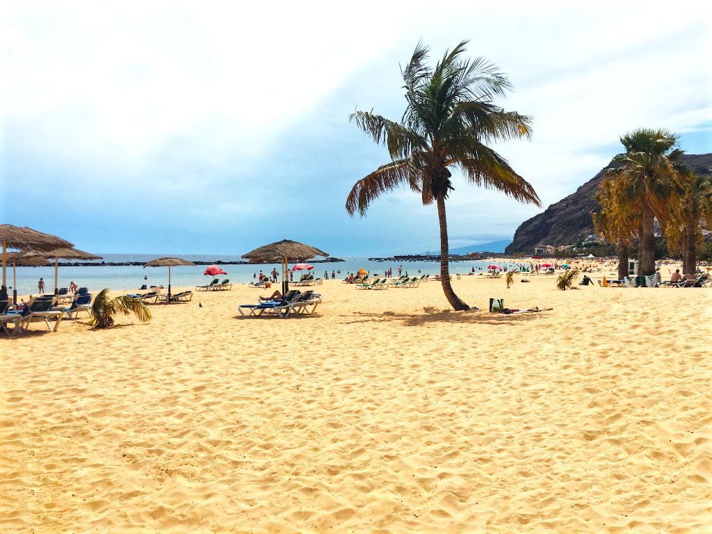 Strand Playa de Las Teresitas auf Teneriffa