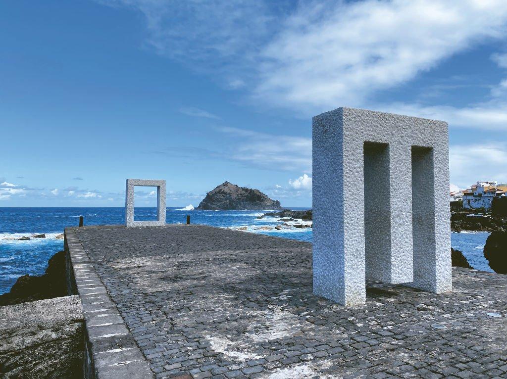 Monument im alten Hafen Garachico Teneriffa