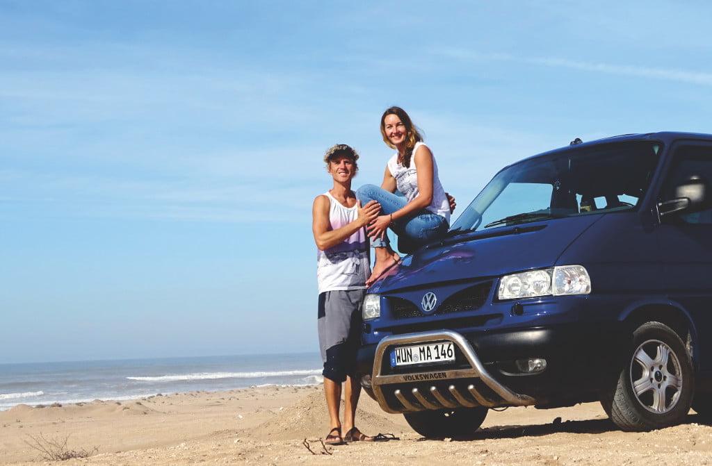 Mel und Alex mit den Camper auf Lanzarote