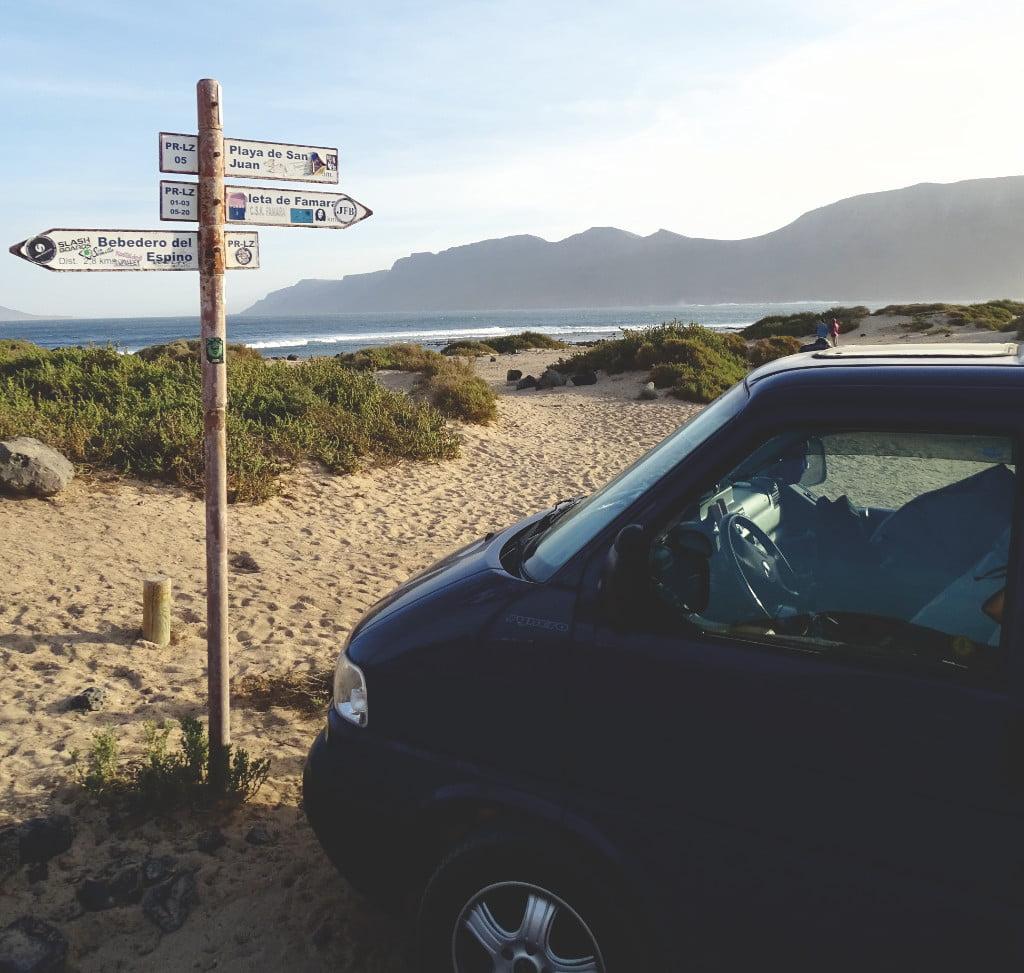 Stellplatz für den Camper in der Playa de San Juan auf Lanzarote