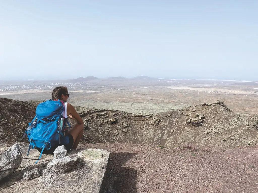 Am Krater vom Volcán de las Arenas - Wandern auf Fuerteventura