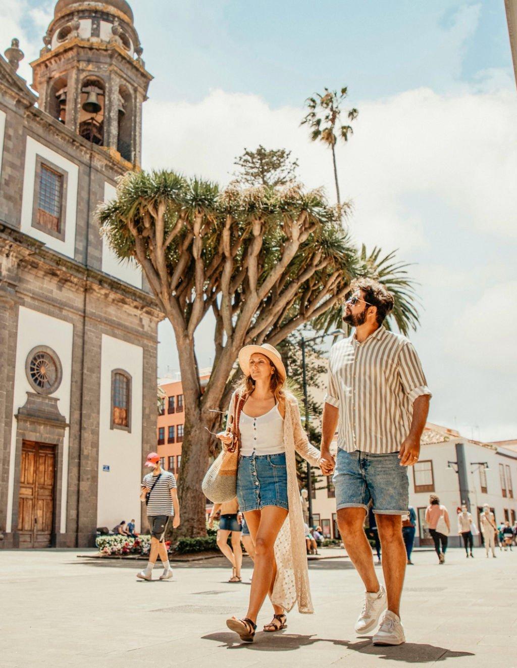 Kristin und Rayco von Canary Vibes