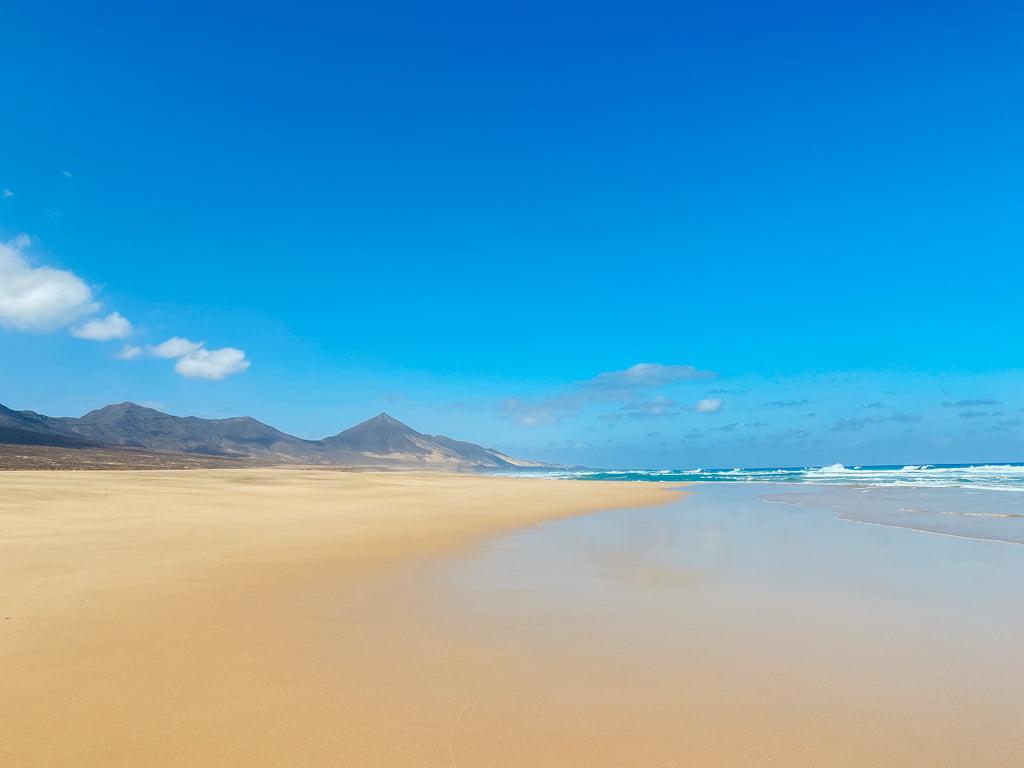 Der Strand von Cofete im Süden von Fuerteventura