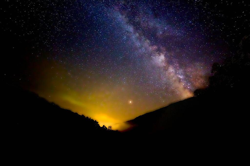 Lichtverschmutzung im Himmel